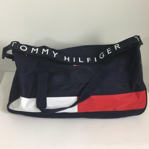 07249d1ffade  Tommy Hilfiger  Unisex Corporate Blue Duffle Bag.  M 5ab7c1d29a9455b084fb92c0